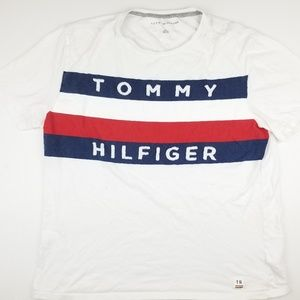 Tommy Hilfiger Big Flag Logo Spell Out T Shirt